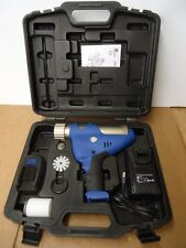 Cordless Caulk Gun Car Tool CNM-200 Ni MH 12V Caulking Kit