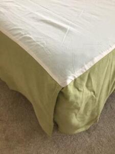 "Biltmore bed skirt KING size green texture 18.5"" drop"