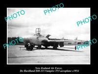 OLD 6x4 HISTORIC PHOTO OF NEW ZEALAND AIR FORCE DE HAVILLAND VAMPIRE PLANE 1954