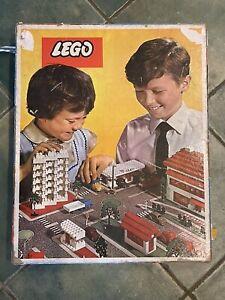 VINTAGE RARE LEGO 1960s 810 TOWN PLAN SET ORIGINAL BOX,board,diagrams,lots Parts