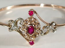 FINE EDWARDIAN 9CT ROSE GOLD .35CT ROSE CUT DIAMOND RUBY BANGLE BRACELET WT12.5g