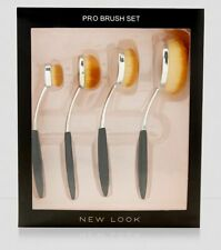 New Look 4 Pack Unique Oval Pro make up Brush Set - Free UK delivery