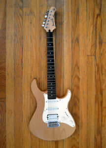 Yamaha 112 Pacifica Electric Guitar Solid Alder Maple / Natural