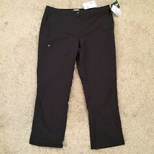 NWT LL Bean Comfort Trail Black Cargo Womens Size 18 Regular Pants