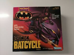 Kenner THE DARK KNIGHT BATMAN BATCYCLE 1990