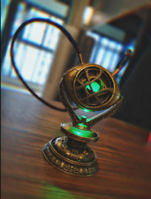 1 : 1 Luz LED Collar + base Doctor Strange Ojo de Agamotto tiempo infinito Piedra