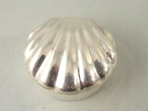 London Hallmarked Solid Sterling Scallop Shell PILL BOX. c2000 #1