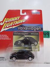 JOHNNY LIGHTNING VOLKSWAGEN 2002 NEW BEETLE DARK BLUE