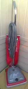 Sanitaire Electrolux SC688 7 Amp Type A Commercial Upright Vacuum w A&H Filt bag