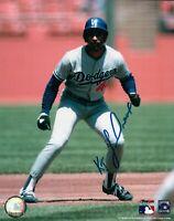 Ken Kenny Landreaux Signed 8X10 Photo Autograph Dodgers Lead Off Right Auto COA