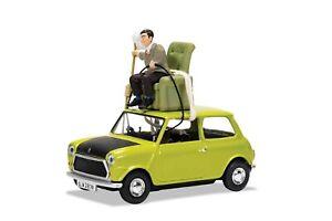 CORGI CC82114 Mr Bean's MINI DO IT YOURSELF Mr Bean model car + figurine 1:36th