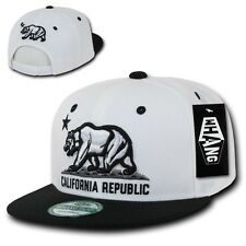 White & Black California Republic Star Bear Vintage Flat Bill Snapback Cap Hat