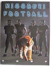 1997 MISSOURI TIGERS COLLEGE FOOTBALL MEDIA GUIDE University of MIZZOU