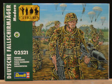 Revell Vintage 1/72 - # 02521 Deutche Fallshirmjager Modern - mint box - 2000