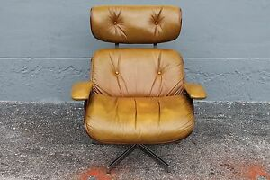 1960's EAMES style SWIVEL LEATHER LOUNGE CHAIR