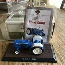 Atlas Editions Ford 5000 1969 Blue Tractor 1:32 Scale Model Boxed With Cert