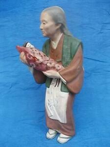 M624 / LARGE ANTIQUE JAPANESE HAND MADE POTTERY FIGURE OF GRANDMOTHER AND BABY