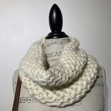 Womans Hand knit  Ivory Soft Chunky Knit Winter Scarf Snood