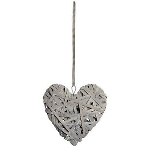 Wooden Hanging Heart - Style My Pad