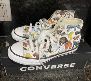 Converse All Star Chuck Taylor Hi -Top Sneakers Animal Birds Insect Shoes Size 2