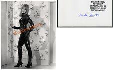 Or. photo femme blonde érotique Latex Costume Bottes fétiche Rubber AtomAge ART 1965