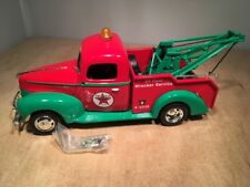 TEXACO 1940 FORD WRECKER DIE CAST REPLICA - ERTL PRESTIGE SERIES #19504 1:25
