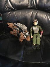 actionman set bestehend aus Braunbär und Action Man figur