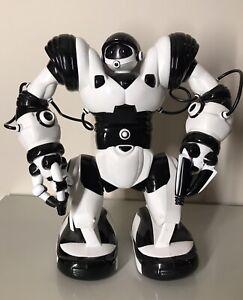 Wow Wee Robosapien Robot