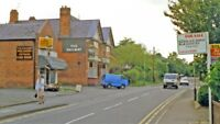 PHOTO  LEICESTERSHIRE  WESTWARD ON RAILWAY STATION ROAD COUNTESTHORPE AT RAILWAY