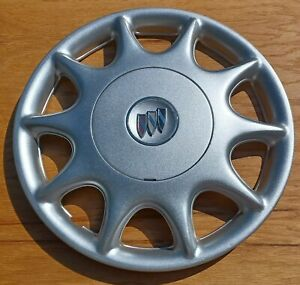 Buick Century hubcap 1997- 2003 fits 15 inch wheels 1148  Repainted