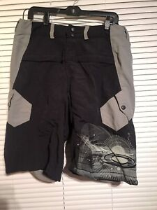 Oakley Cool Max Padded Lined Cargo Mountain Bike Cycling Shorts Gray Black L