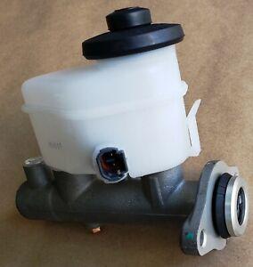 Brake Master Cylinder Auto Trans w/o ABS 47201-42020 fits 1996 Toyota RAV4