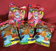 (5) LOT SHOPKINS PLUSH BACKPACK CLIP HANGER BLIND BAGS, 3 series 1, 2 series 2