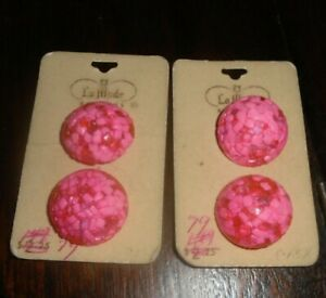 Vintage La Mode Buttons 4-1 in. on Card Shank Pink