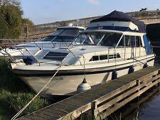 Broom 35 Sedan boat extended Flybridge. Twin Perkins diesel engines .Live aboard