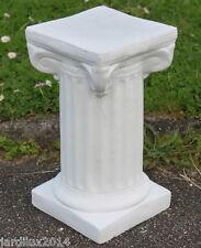 Statue, petite colonne carrée en pierre reconstituée, ton pierre blanche