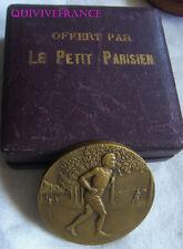 MED5631 - MEDAILLE JOURNAL LE PETIT PARISIEN - COURSE A PIED par René BRANGIER