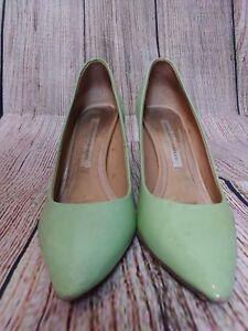 Designer Mint Green Patent DIANE VON FURSTENBERG Pointed Court Shoes Size 4.5