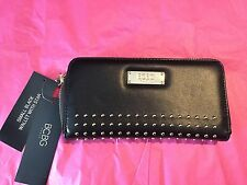 BCBG Paris Women's Black Small Zipper Wallet New gold tone features new GIFT