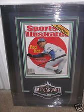 ICHIRO SUZUKI Signed Framed Sports Illustrated PSA/DNA