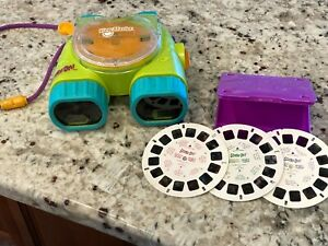 "1998 FISHER PRICE ""SCOOBY DOO"" VIEW MASTER WITH SCOOBY DOO DISCS"
