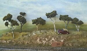 AUSTRALIAN MODEL GUM TREES  HO  OO  Lot 020