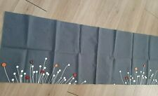 Cotton table runner do grey with buttons feature of 34cms x45cms