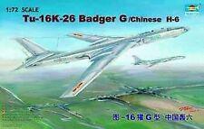 Trumpeter 01612 Model Kit Tupolev TU 16 K 26 Badger