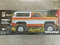 Traxxas TRX-4 1/10 Truck w/'79 Chevrolet K5 Blazer Body Orange 82076-4 Brand New