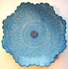 Assiette murale en cuivre émaillé bleu, Art populaire d'Iran, no cafetière