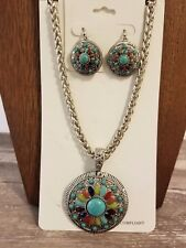 New Burnished Silvertone & Multi-Color Flower Concho Pendant Necklace & Earrings