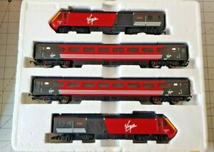 Hornby R1023 Class 43 Virgin  boxed 43093/43063  Lady in Red OO scale