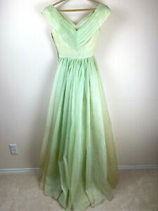 1939 Evening Gown M/L Fitted Bodice Puff Full Skirt Green Pleated Off Shoulder