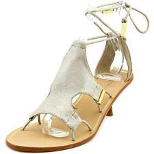 Sandali e scarpe grigio per il mare da donna dal Brasile